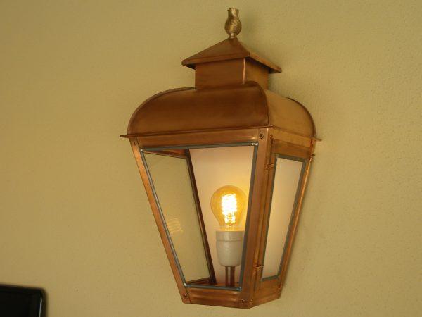 Buitenlamp wandmodel voor op een balkon of maisonnette