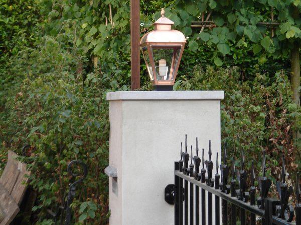 Entree buitenlamp in victoriaanse stijl.