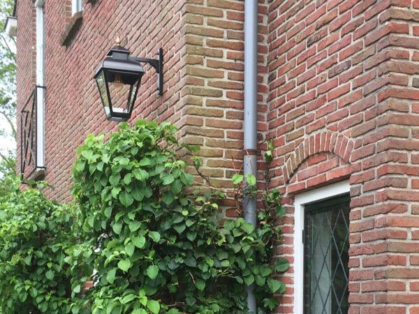 Mooie zwarte hangende lamp van RVS