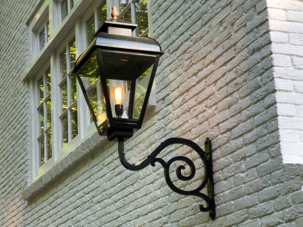authentieke grote buitenlampen