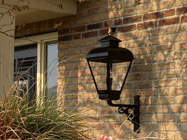 mooie buitenlamp voor aan woonhuis